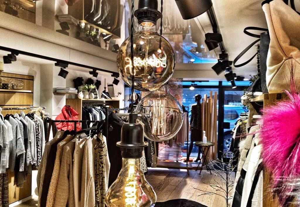 L'insoumise, shopping Chamonix
