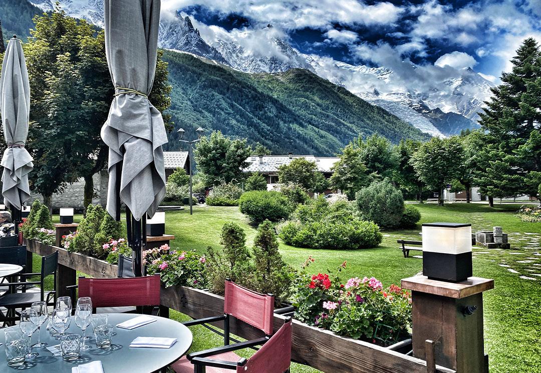 Terrasse avec vue sur le mont-blanc Chamonix
